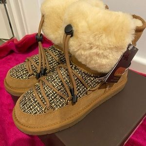 Brand new Ugg boots size 6
